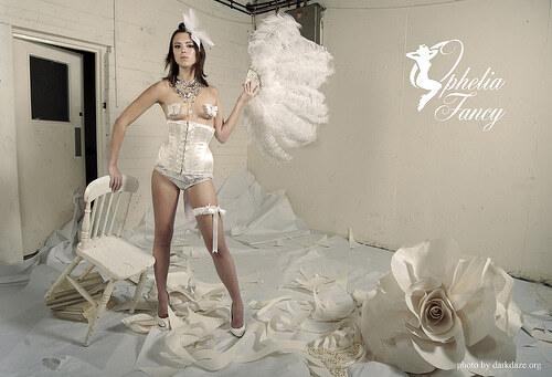 Модное белье стилизированное под винтаж
