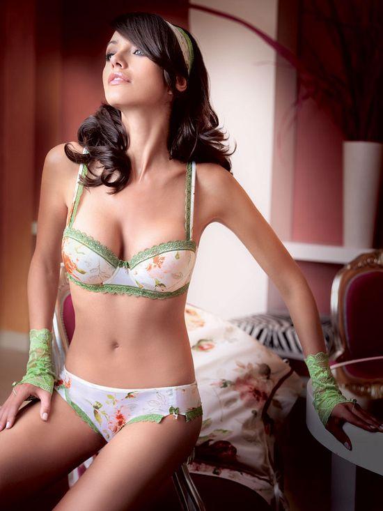 Новая колекция женского белья от Sariana