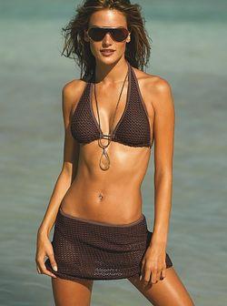 Вязаный купальник и юбка от Victoria's Secret