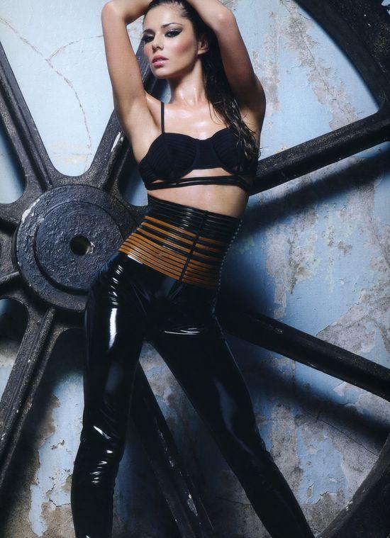Girls Aloud, календарь в белье на 2009 год