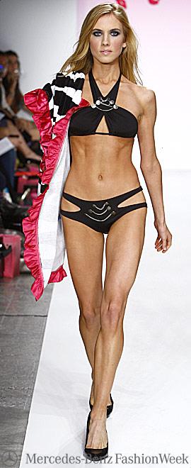 Новая коллекция купальников 2009 от Beach Bunny Swimwear