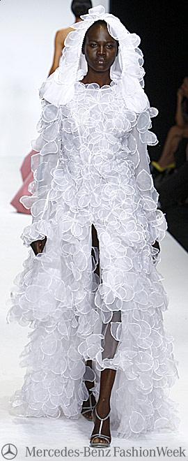 Mercedes Benz Fashion Week, платья 2009 - новые весенние коллекции