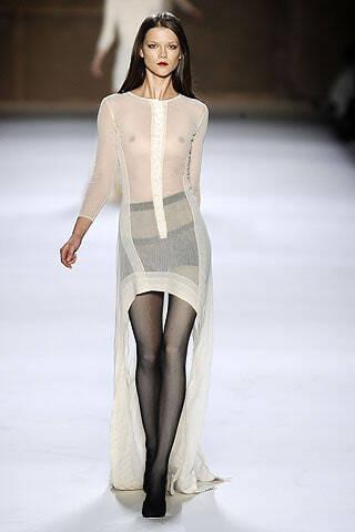 Платья 2009 от Нины Риччи, весенняя коллекция, модель Кася Струсс