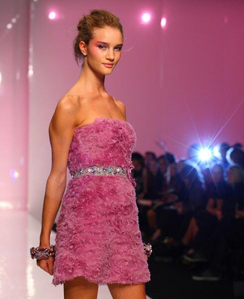 London Fashion Week - новая коллекция платьев от Jenny Packham для сезона весна 2009
