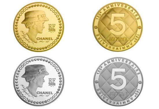 Юбилейные монеты выпущенные к 125-ти летию со дня рождения Коко Шанель