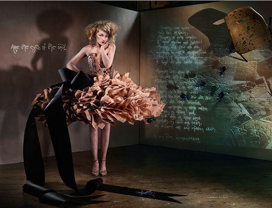 Бумажная мода - эксклюзивные платья из бумаги от Zoe Bradley