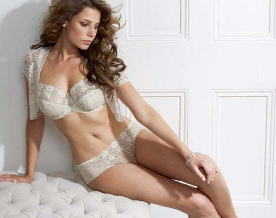 Новая коллекция белья для женщин с большой грудью от Charnos - красиво и удобно