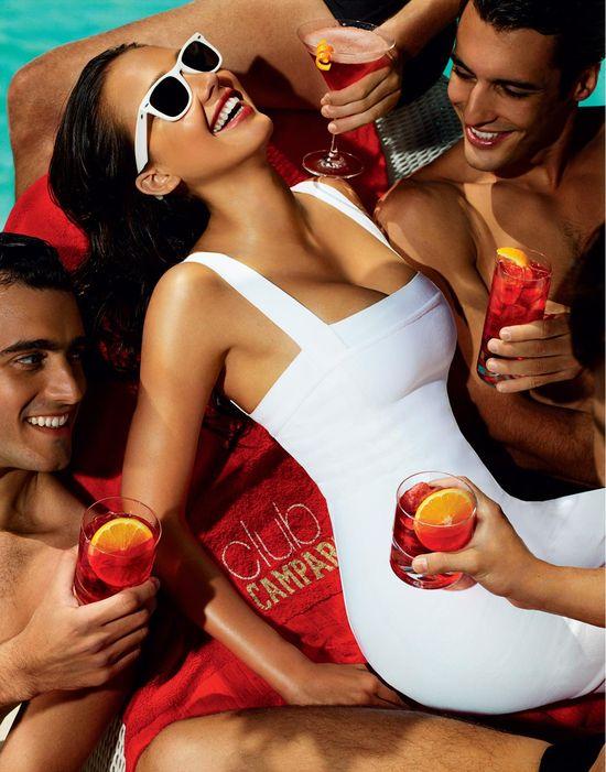 Джесика Альба и календарь Campari на 2009