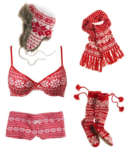 Зимнее белье - белье в комплекте с шапкой, носочками и шарфиком