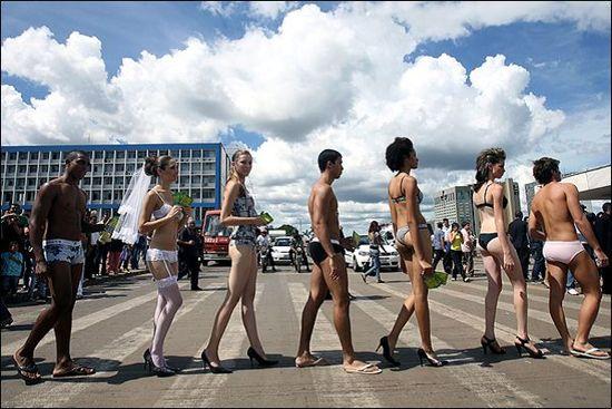 Праздник нижнего белья в Бразилии
