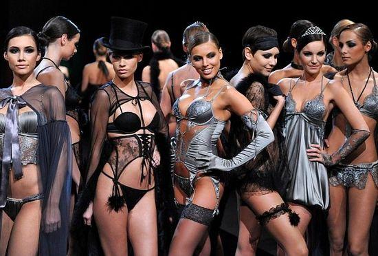Словенская Lisca – империя сексуального белья