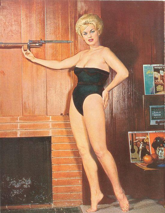 Ретро-пятница. Купальники 1960
