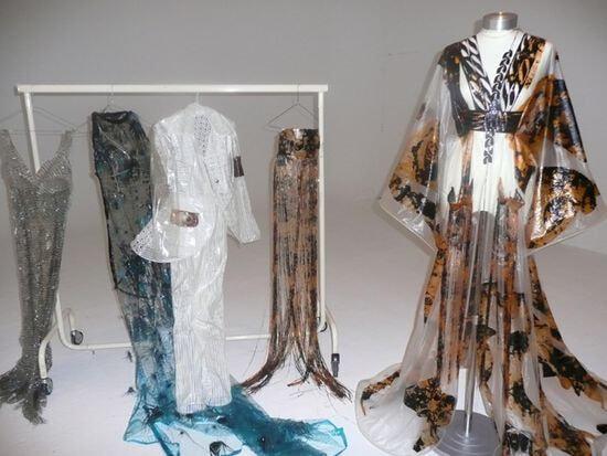 Исчезающий наряд или растворимое платье