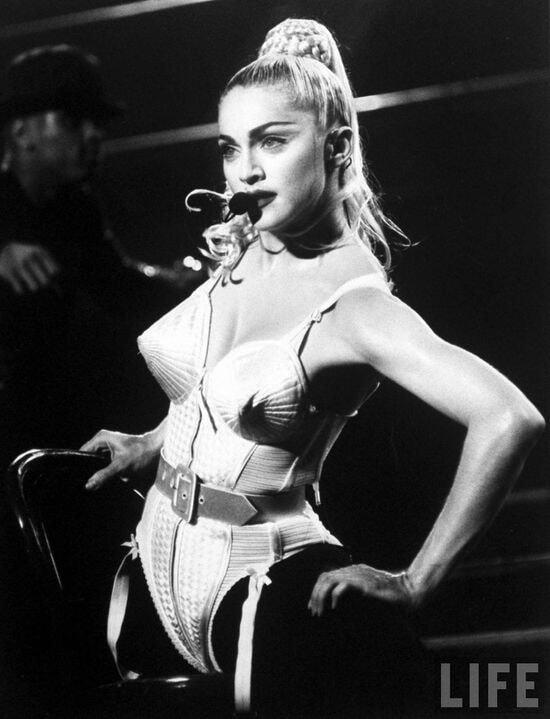 Легенды. Бюстгальтер-пуля Мадонны
