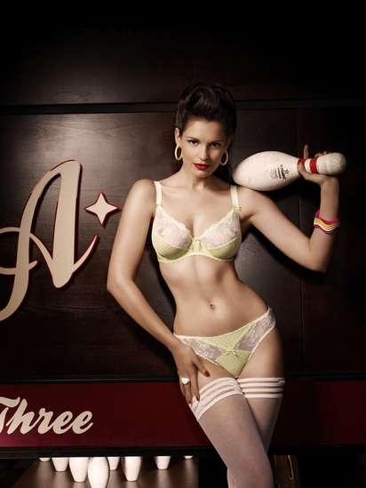Freya Lingerie - белье и боулинг